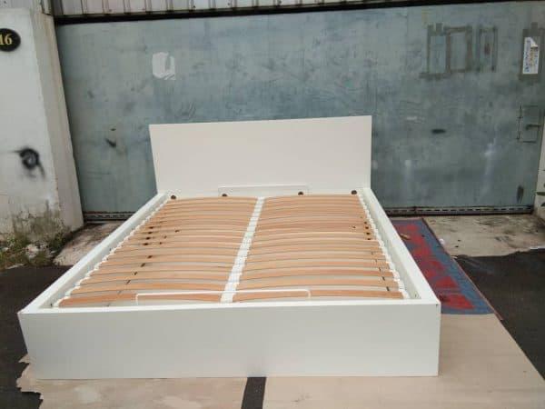 IKEA MALM OTTOMAN