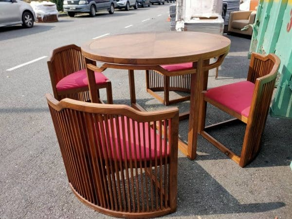 LORENZO WALNUT TABLE WITH 4 NETTED CHAIRS