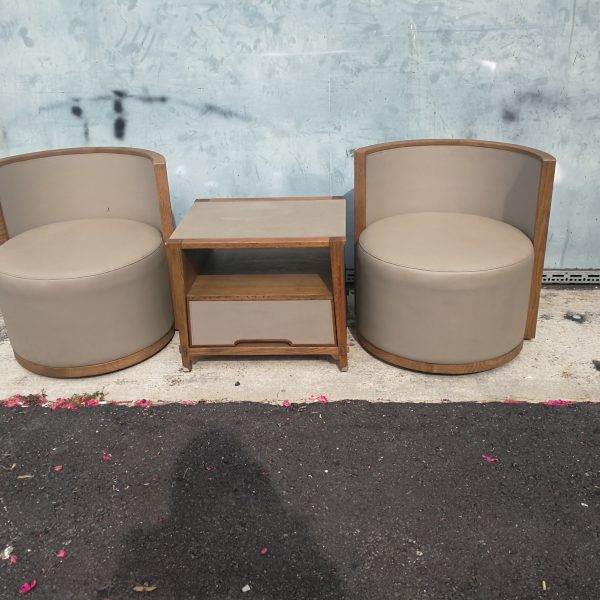 Lorenzo Swival Chairs with side table