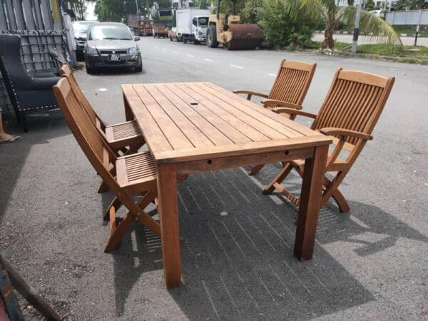 Outdoor Teakwood Dining Table with 4 Teak wood Chairs