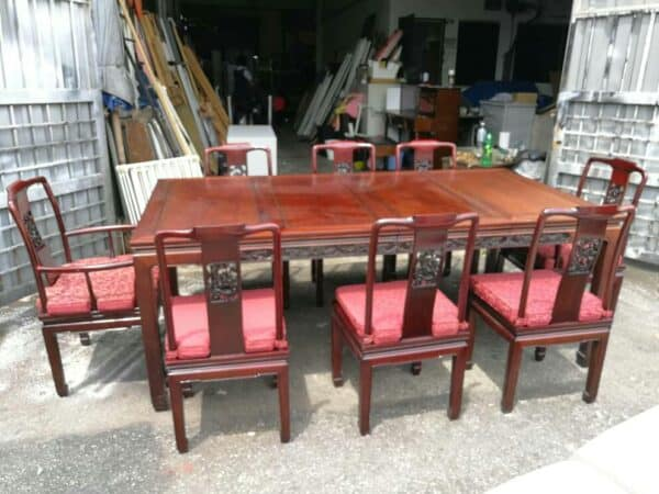 Rosewood Extendable Dining Table with 8 Chairs