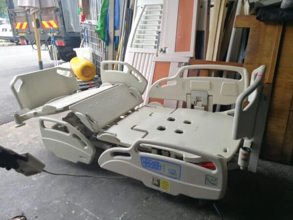 Hill Rom 6 crank electric cum semi manual hospital bed