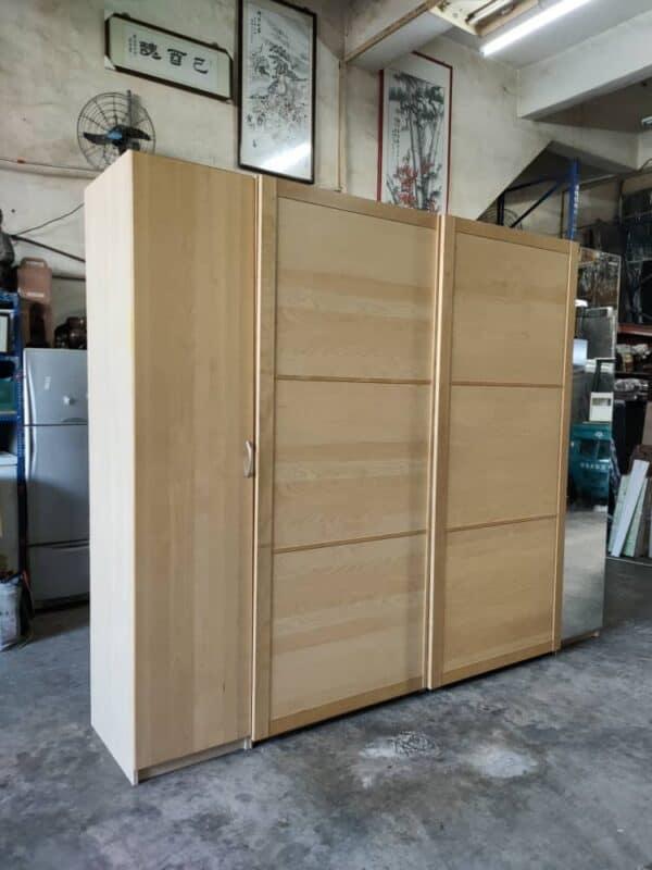 IKEA Sliding Doors Wardrobe with mirror doors