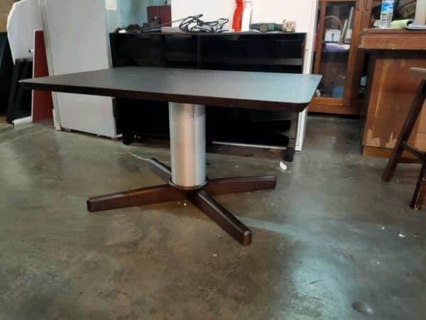 Lorenzo Adjustable Height Table