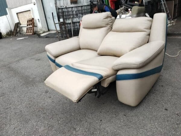 Lorenzo Electric Recliner 2 Seater Leather Sofa