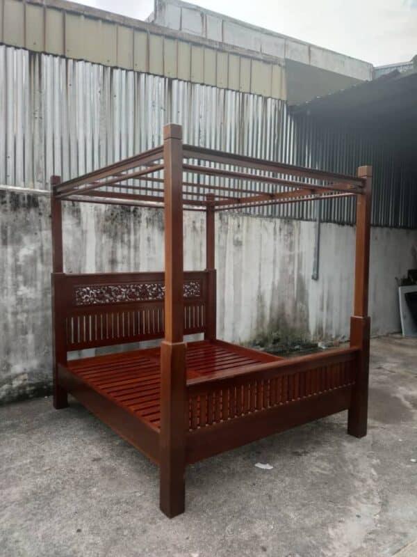 4 poster teak wood king bed