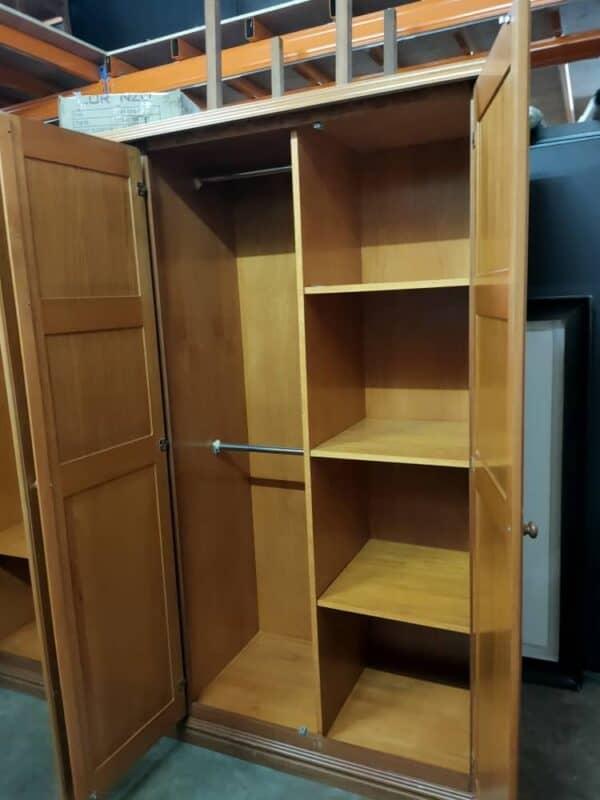 kayu almari kayu 4 pintu