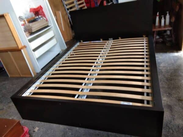 IKEA MALM QUEEN WITH 4 DRAWERS STORAGE