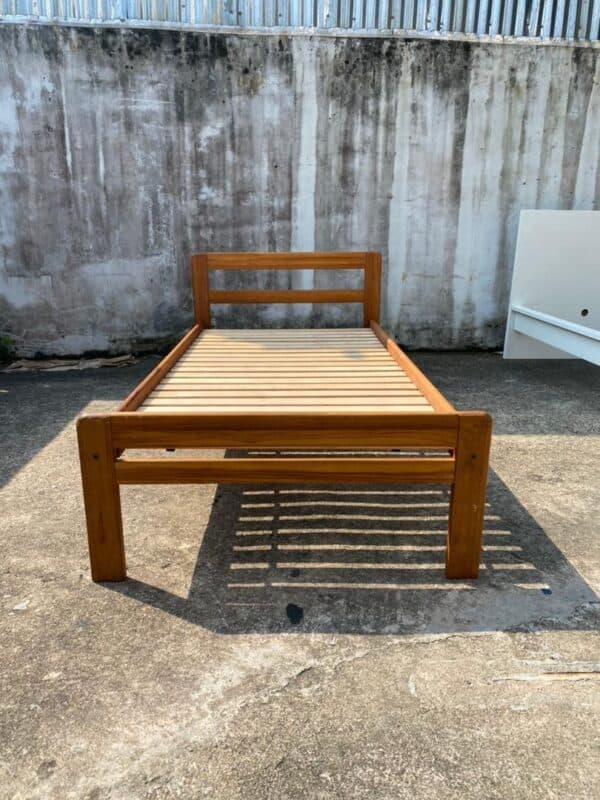 SCANTEAK SINGLE BED FRAME