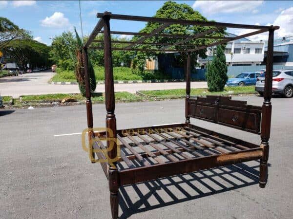 4 poster king bed frame second hand