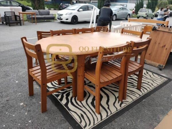 second hand pine wood extendable dining table with 6 chairs