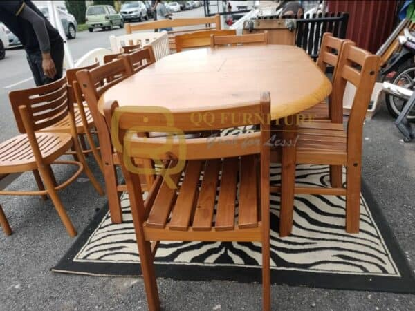 solid pine wood dining table with 6 chairs